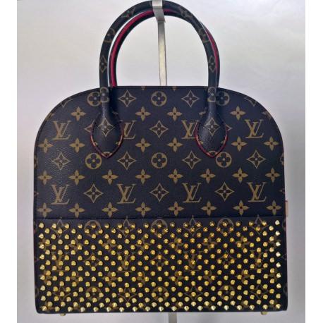 Louis Vuitton. Christian Laboutin Model.