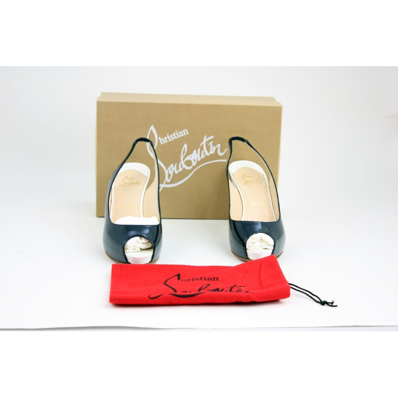 55a4dd3cfe4 Christian Louboutin Shoes. EUR Size 39. - Second Chance Luxury & Vintage