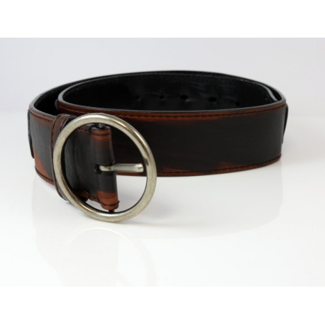 66590d0e57c3 Yves Saint Laurent belt in leather