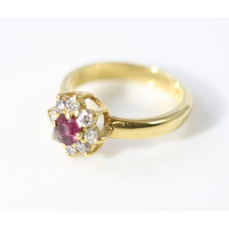 Rosette ring with rubies and diamonds