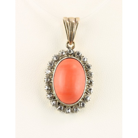 Coral and diamonds pendant