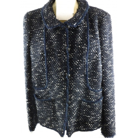 Chaqueta Chanel Tweet