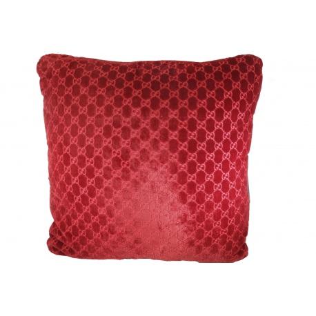 Cojines cuadrados Gucci en seda roja estampada y terciopelo.