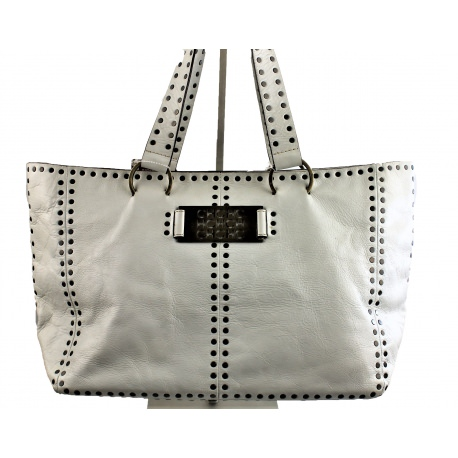 Carolina Herrera. Tote handbag with studs.