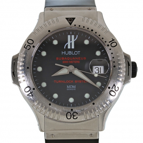Hublot Subaquaneus 2000m Ref. 1950.1 Box and Papers