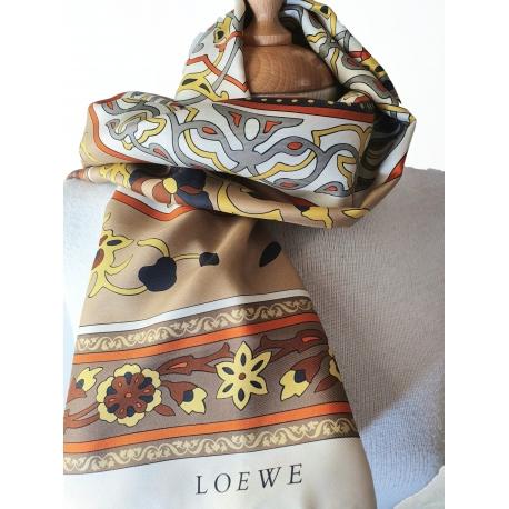 Pañuelo Loewe