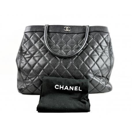 Bolso Tote de cuero caviar acolchado negro Chanel