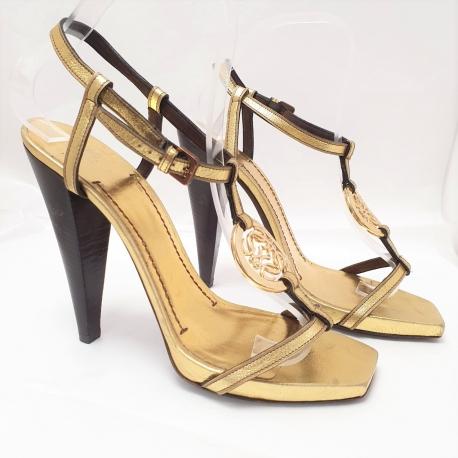 Sandalia Loewe doradas