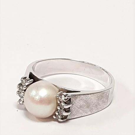 Sortija perla y brillantes