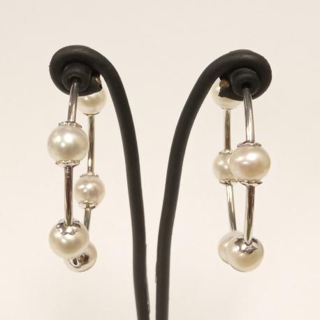 Aretes con perlas cultivadas