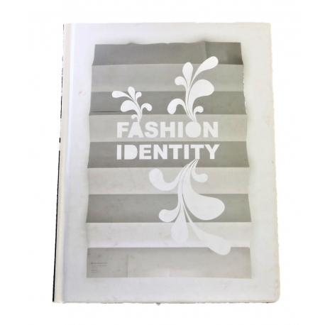 "Libro ""Fashion Identity"" editado por Index Books SL"